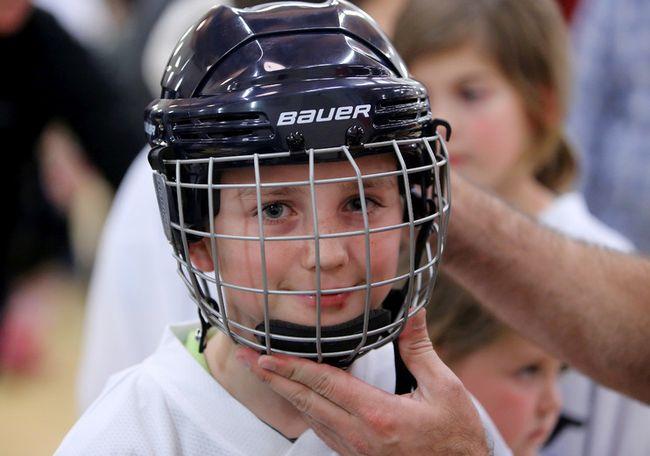 Bauer can no longer claim its helmets prevent concussions. (QMI Agency)