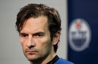 Edmonton Oilers head coach Dallas Eakins speaks to the media at Rexall Place in Edmonton, Alta. on Monday, Nov. 18, 2013. Amber Bracken/Edmonton Sun/QMI Agency