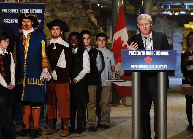 Stephen Harper speaks at the Chateau Frontenac in Quebec City.  (JEAN-FRANCOIS DESGAGNES/QMI AGENCY)