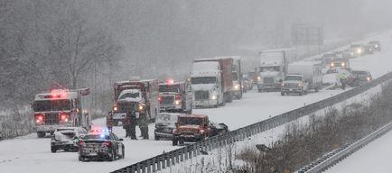 Squalls wreak havoc on Hwy  401 | Ottawa Sun