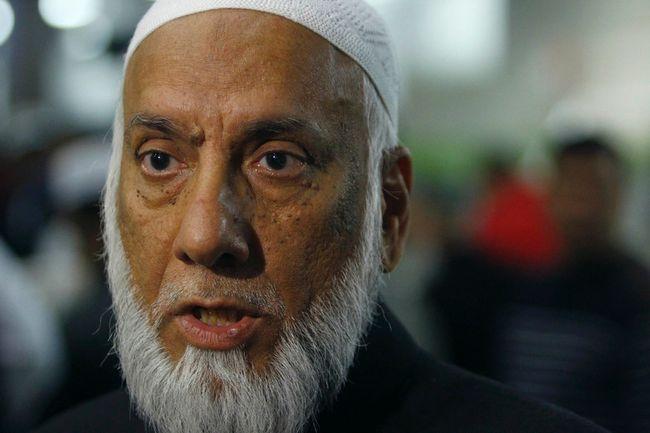 Imam Syed Soharwardy is shown in Calgary, Oct. 24, 2014. (JIM WELLS/QMI Agency)