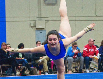 Sapphires Gold-medallist Joelle Jobin performing her floor routine. (Svjetlana Mlinarevic/The Graphic/QMI Agency)