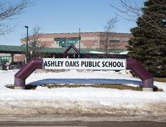 Ashley Oaks Public School in London, Ont., is pictured on March 12, 2015. (DEREK RUTTAN/QMI Agency)