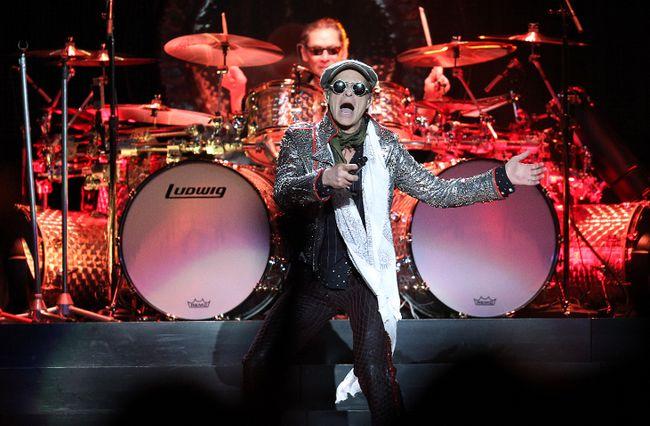 David Lee Roth of Van Halen perform at Rexall Place in Edmonton. (QMI Agency file photo)