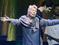 Joni Mitchell on stage in downtown Toronto June 19, 2013. (Stan Behal /Postmedia Network)