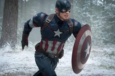 Captain America/Steve Rogers (Chris Evans).