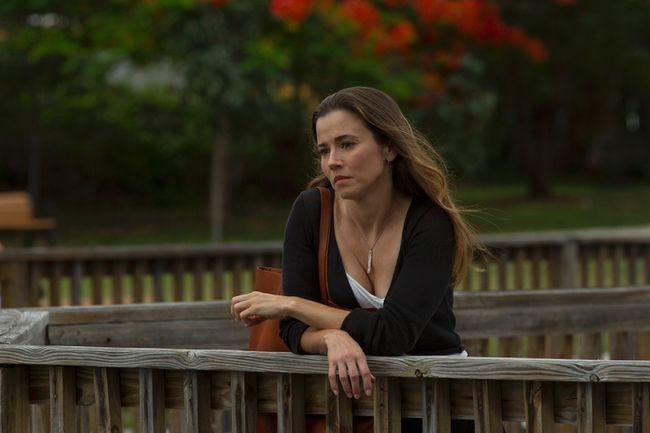 "Linda Cardellini as Meg Rayburn in ""Bloodline."""