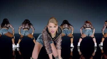 16. Taylor Swift - Shake It Off Uploaded: Aug. 18, 2014. Views: More than 748 million. (YouTube screenshot)