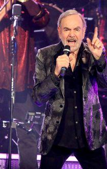 Neil Diamond Saddledome May 2, 2015