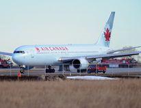 An Air Canada jet. (Stuart Dryden/Postmedia Network files)