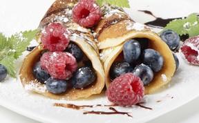 Lemon sugar crepes with fresh berries