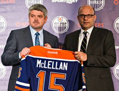 Oilers GM Peter Chiarelli and head coach Todd McLellan. (Codie McLachlan, Edmonton Sun)