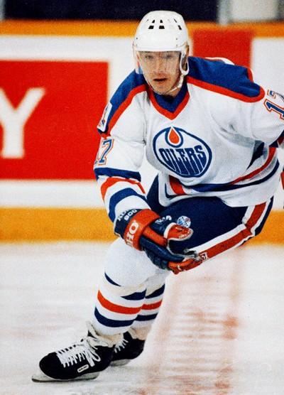Edmonton Oilers Jari Kurri  make a turn at center ice during a game on Oct. 31, 1989 in Edmonton. Edmonton Sun/QMI Agency