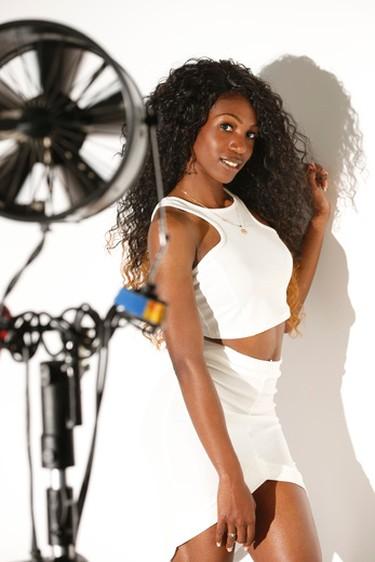 SUNshine Girl - Latoya_12