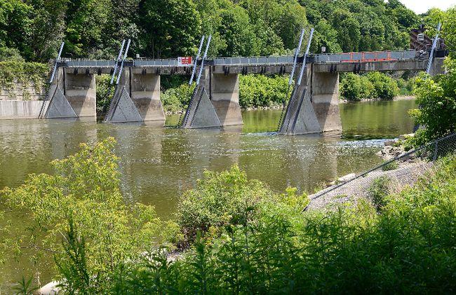 The Springbank Park dam (Free Press file photo)