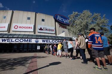 Hockey fans line up for the Edmonton Oilers Locker Room Sale at Rexall Place, in Edmonton Alta. on Saturday June 27, 2015. David Bloom/Edmonton Sun/Postmedia Network