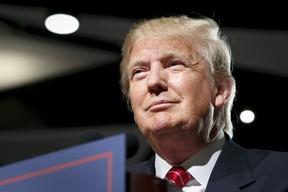 U.S. Republican presidential candidate Donald Trump holds a campaign event in Phoenix, Arizona July 11, 2015. REUTERS/Nancy Wiechec