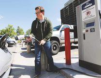 Electric car charging station. (FILE/POSTMEDIA NETWORK)