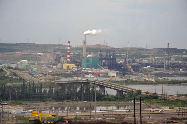 More oil companies talk job cuts, spending cuts | Fort ...