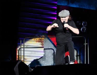 Brian Johnson of AC/DC performs at Ottawa's TD Place Thursday, Sept. 3, 2015. MATT DAY/OTTAWA SUN