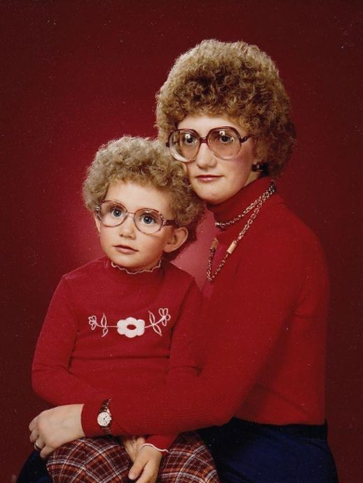Hundreds Of Awkward Family Photos Going On Exhibit