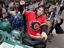 Johnny Gaudreau celebrate Flames' puck drop