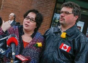 Jennifer Neville-Lake and her husband Edward outside Newmarket courts on Thursday, Nov. 12, 2015. (DAVE THOMAS/Toronto Sun)