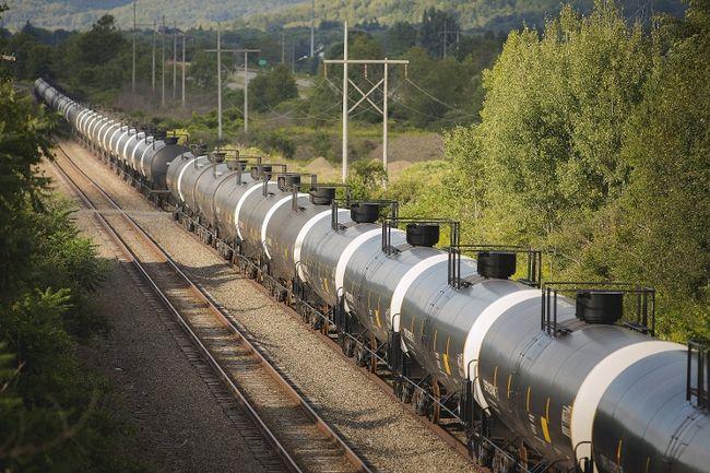 oil on train