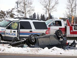 Edmonton police probe fatal Calgary Trail and Ellerslie Road