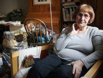 CRHC wants Edmonton senior to stop selling knitting