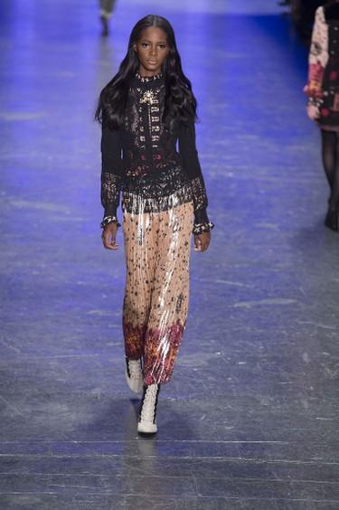 New York Fashion Week Fall/Winter 2016 - Anna Sui - Runway  Featuring: Model Where: New York, New York, United States When: 17 Feb 2016 Credit: Jeff Grossman/WENN.com