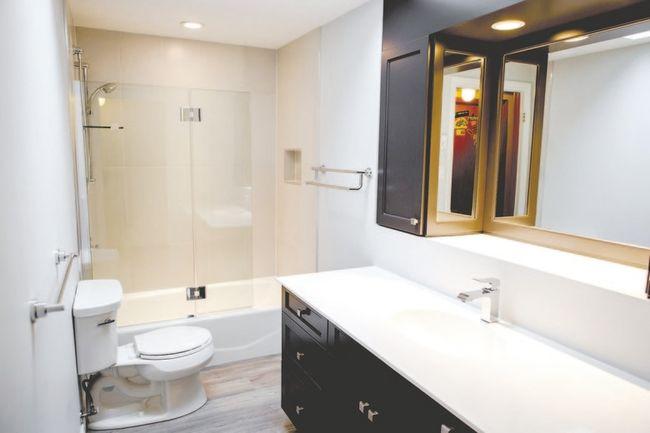 how to build a bulkhead in the bathroom