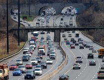 Traffic on the Don Valley Parkway (Michael Peake/Toronto Sun files)
