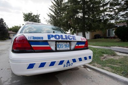 Toronto Police car (Reuters files)