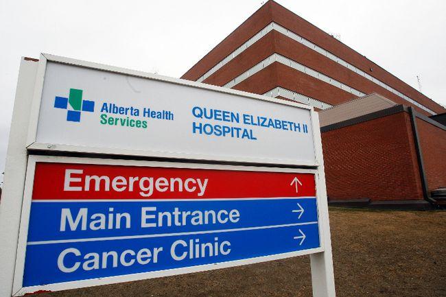 The Queen Elizabeth II Hospital on 98 Street in Grande Prairie, Alta. on March 19, 2015. TOM BATEMAN/DAILY HERALD TRIBUNE