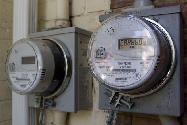 Smart meters (Postmedia file photo)