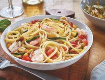 Newscanada.com Linguine with shrimp, zucchni and corn