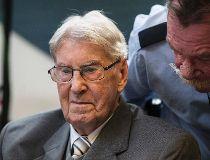 Reinhold Hanning in Court