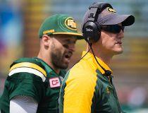 Eskimos coach QB