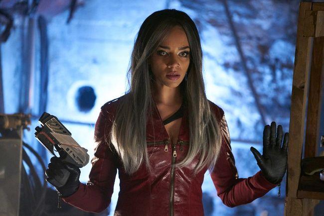 "Hannah John-Kamen in ""Killjoys."""