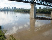 Fort Saskatchewan River rising
