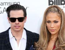 "Jennifer Lopez and Casper Smart. (<A HREF=""http://www.wenn.com"" TARGET=""newwindow"">WENN.COM</a>)"