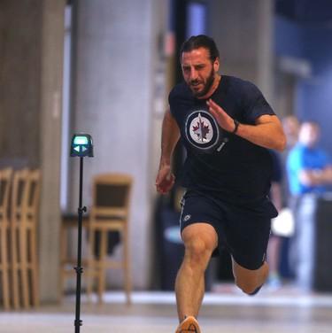 NHL Winnipeg Jets Chris Thorburn participates in an activity in Winnipeg.   Thursday, September 22, 2016.   Sun/Postmedia Network