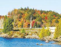 Tea Lake at Algonquin Park displays its fall colours. (Jim Fox/Special to Postmedia News)