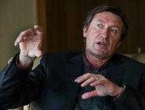 Wayne Gretzky Oct. 17/16