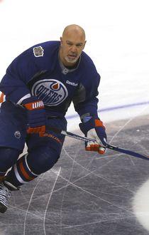 NHL Edmonton Oilers Alumni player, #22 Charlie Huddy, skates in Winnipeg. Friday, October 21, 2016. Sun/Postmedia Network