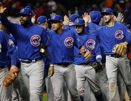 Cubs celebrate Oct. 26/16