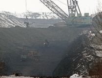 A giant drag line strips out coal to feed TransAlta's Sundance generating plant south of Lake Wabamun on Monday Mar. 28, 2011. John Lucas/Edmonton Journal/ Postmedia Network