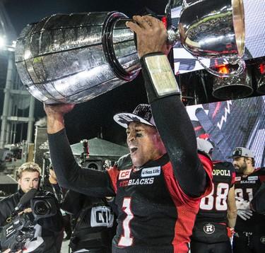 Ottawa Redblacks quarterback Henry Burris (1) wins the Grey Cup  during CFL Grey Cup action in Toronto, Ont. on Sunday November 27, 2016. Craig Robertson/Toronto Sun/Postmedia Network