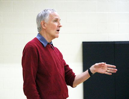 Dr. John Walker from the University of Manitoba made a presentation on childhood anxiety inside Stony Mountain School Nov. 24. (Adam Peleshaty, Interlake Publishing, Postmedia Network)